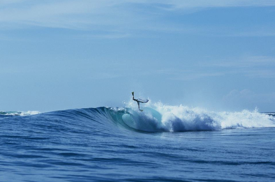 Emma pulling off and Invert in Indo