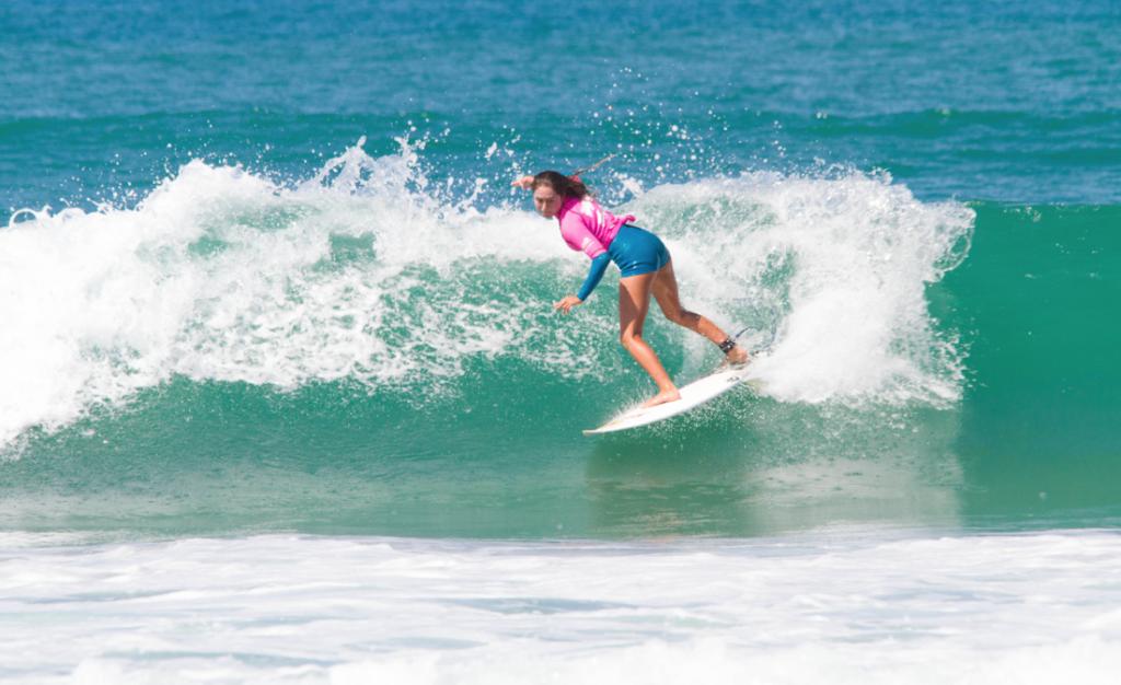 Raiha Ensor photo by Surfing NZ / Jackson Bright