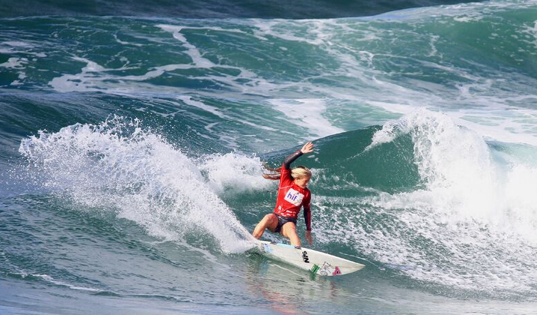 Sophie McCulloch photo by Surfing Queensland