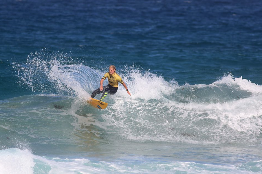 Piper Harrison in the 14 girls, Photo by Surfing NSW