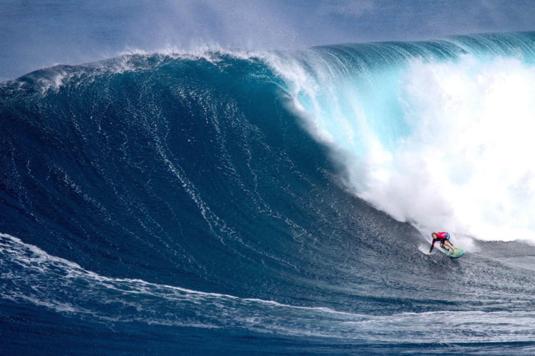 Paige Alms At Jaws Photo by WSL Aaron Lynton